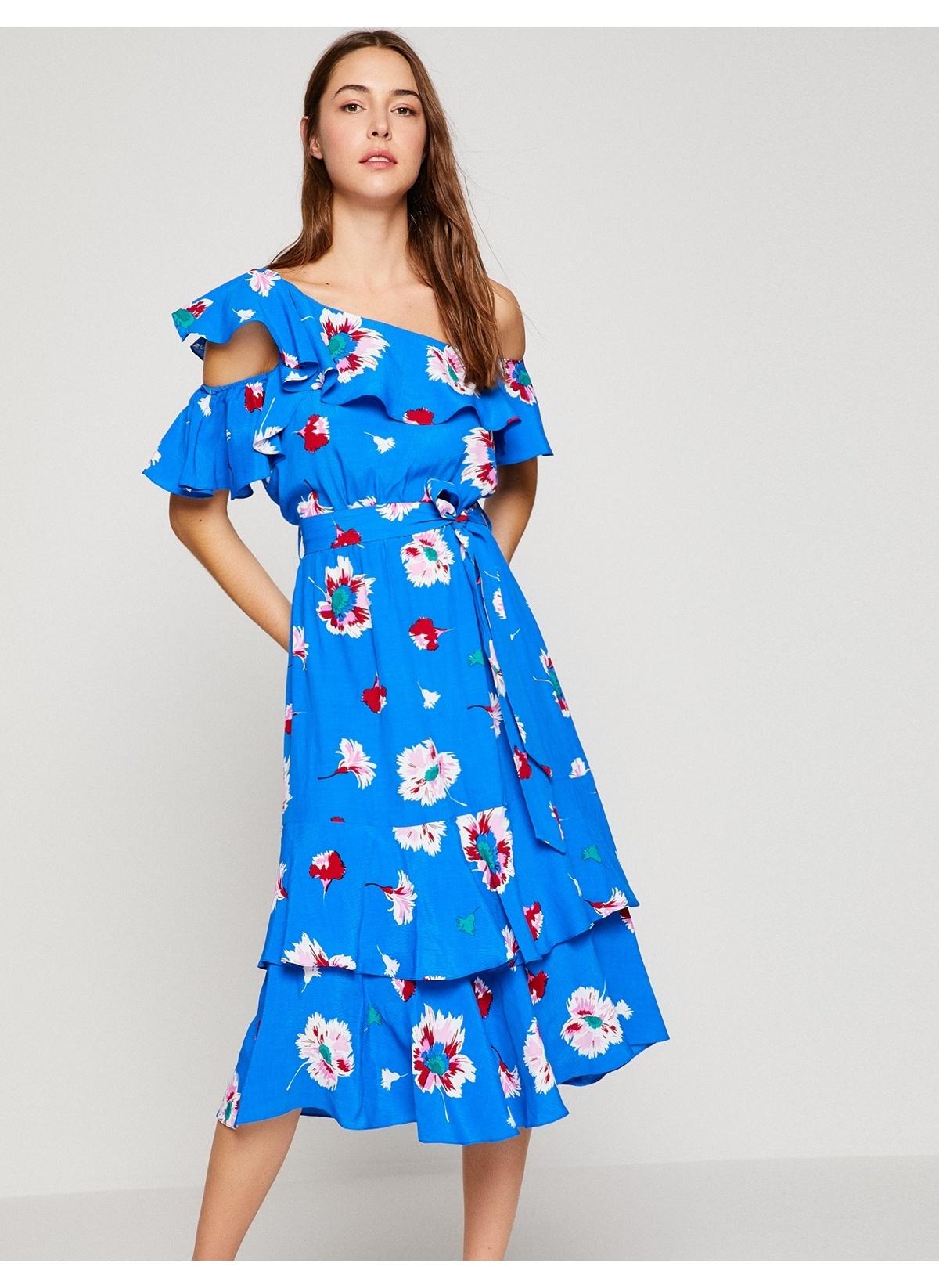 24c6a878ad38b Koton Kadın Tek Omzu Açık Fırfırlı Desenli Midi Elbise Mavi Desenli ...